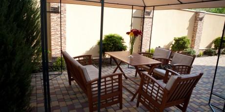 hotel-terrace (1)