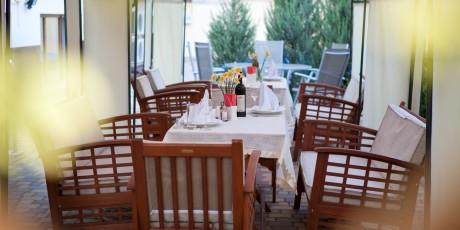 hotel-terrace (3)