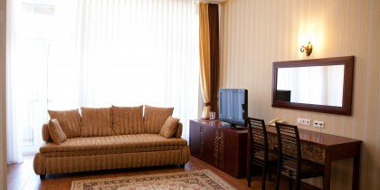 semi-lux-2bed_photo (1)